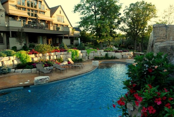 Swimming Pools and Cabanas project gallery